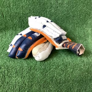 Cricket batting gloves – Newberry junior