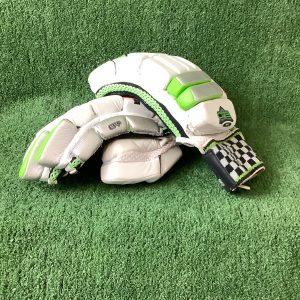 Cricket batting gloves – Gray Nicolls RH adult size