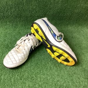 Nike football boots in US size 6
